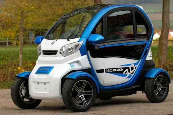 "Elektro-Auto ""E-KING"" E-Leichtkraftfahrzeug Scooter Kabinenroller max. 45 km/h/25 km/h"
