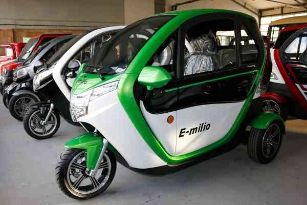 Elektro Kabinenroller TRIVELO E-milio 3 Kw Leichtkraftfahrzeug Scooter max. 25/45 km/h